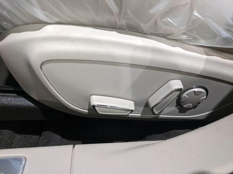2020 Lincoln MKZ Hybrid